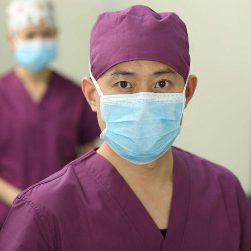 【专家主刀】杨东运教授主刀鼻梁凹陷手术
